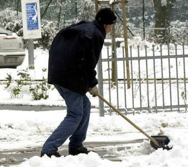 Interrogazione: spalamento neve ad agosto !