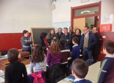 Comunicato Stampa: eliminati doppi turni alla Cavour e la Evola visita i bambini