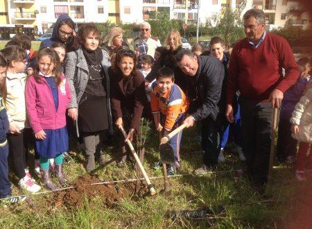 Comunicato Stampa: Villa Verdinois, 70 alberi in nome della legalità