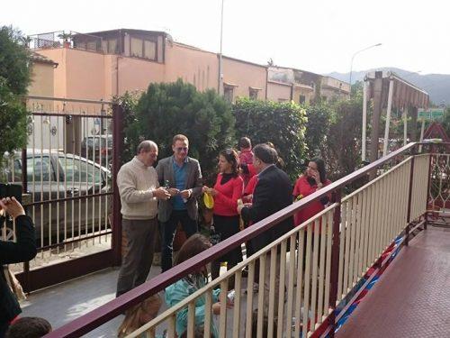 """Comunicati Stampa: Parte il progetto """"Addobba un albero nel tuo quartiere"""""""