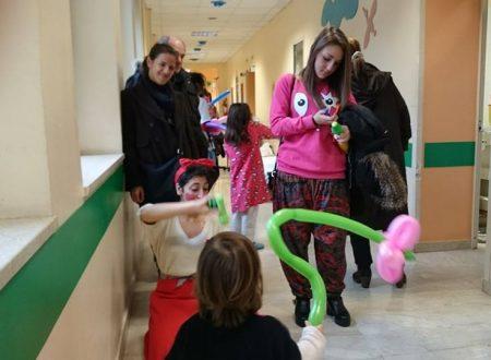 Natale di solidarietà e allegria all'Ospedale dei Bambini Di Cristina di Palermo