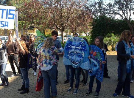 """Parco Cassarà, il corteo delle scuole: """"Ridateci il nostro Parco"""""""