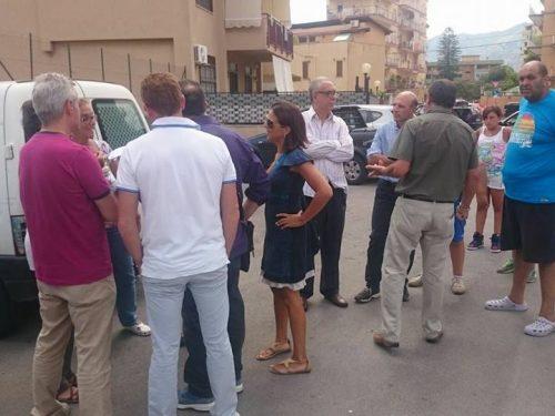 Parcheggio in via Bragaglia, i residenti protestano