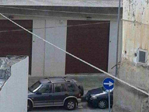 Istituito senso unico in via Carlo del Prete: scoppia il caos in via Portello