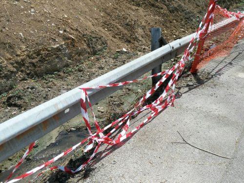 Crollo argine canale di Maltempo in via Nave